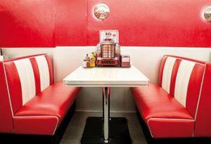 Retro Line American Diner Boothset - ur Ginzas sortiment av retromöbler.