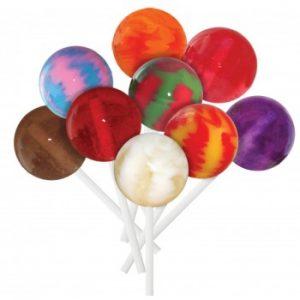 """Färgglada """"Gourmet Lollipop-godis-klubbor"""". Finns hos Magasin 11."""