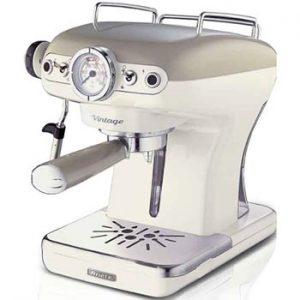 Ariete Vintage Espressomaskin i beige färg. Finns hos Ginza.